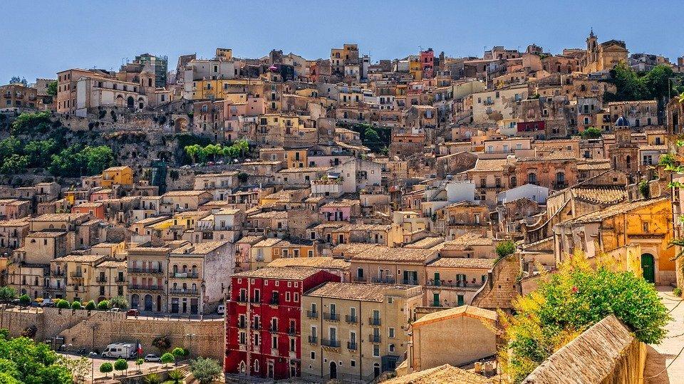 Descubra a mágica ilha da Sicília na Itália