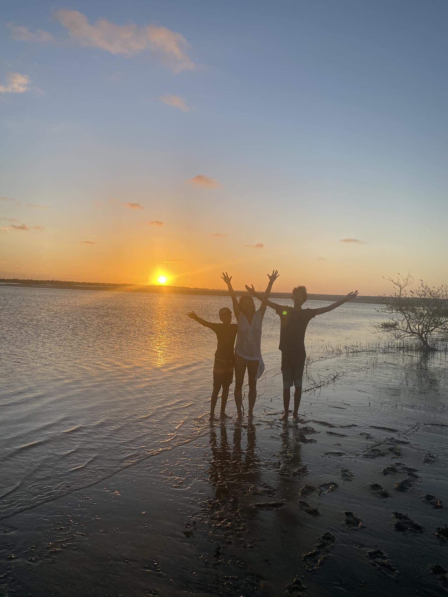 Vamos fazer uma sessão fly & drive pela costa exuberante do Ceará?